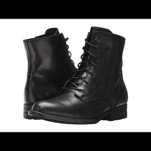 Born Clements Women's Boots